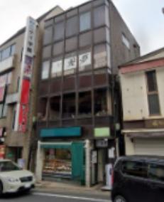 京成成田駅徒歩1分 1F 駅至近!電車道沿いの路面店舗物件(35168)【飲食可】外観