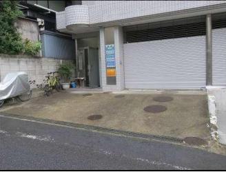外苑前駅 徒歩6分 スケルトン物件 【飲食可】外観
