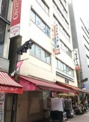 【上野駅 徒歩2分 駅至近!アメ横商店街沿いの路面店舗物件 【飲食不可】】