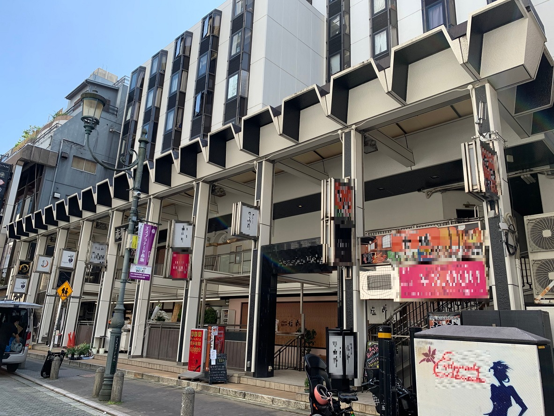 赤坂見附駅 徒歩3分!エスプラナード赤坂通り沿い!外観