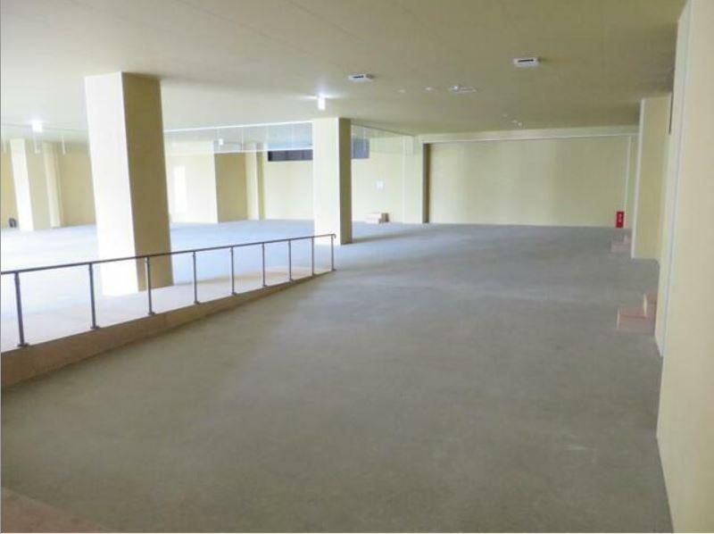 小田急線・JR暗部線 登戸駅 徒歩1分 1,2階はパチンコ・スロットのアミューズメントビル 築後未入居【飲食可】 画像3