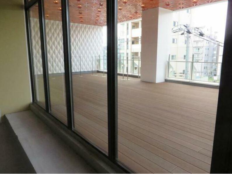 小田急線・JR暗部線 登戸駅 徒歩1分 1,2階はパチンコ・スロットのアミューズメントビル 築後未入居【飲食可】 画像7