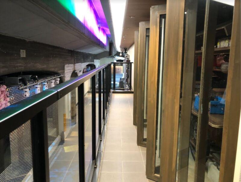 新橋駅 徒歩2分 現況:おでん屋 裏コリドー2階の居抜き物件 【何業も可】 画像4