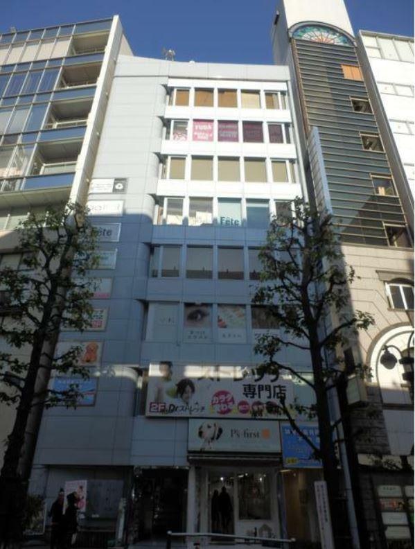渋谷駅 徒歩4分 公園通り沿い・対面はパルコ スクール居抜きサービス店舗・物販向け店舗向け 【飲食不可】 画像0