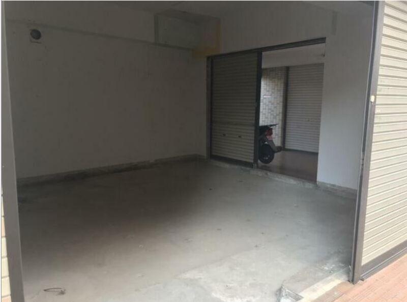 東横線 大倉山駅 徒歩2分 マンションの1階にある スケルトン物件 【飲食不可】 画像6
