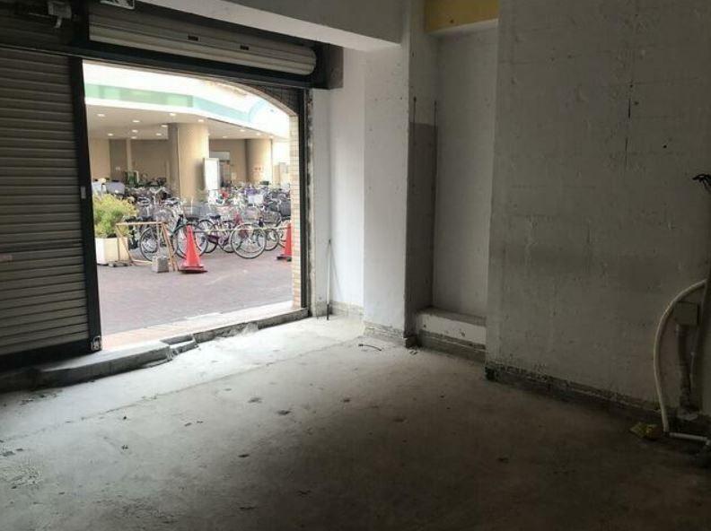 東横線 大倉山駅 徒歩2分 マンションの1階にある スケルトン物件 【飲食不可】 画像8