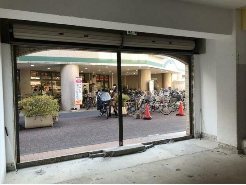 東横線 大倉山駅 徒歩2分 マンションの1階にある スケルトン物件 【飲食不可】 画像12