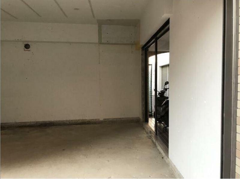 東横線 大倉山駅 徒歩2分 マンションの1階にある スケルトン物件 【飲食不可】 画像13