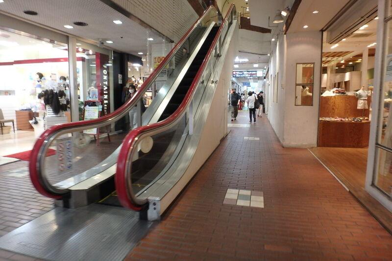 吉祥寺駅 徒歩2分 商業ビルの中にある1階店舗 女性向け物販店舗好適 スケルトン 【飲食不可(食物販相談)】 画像4
