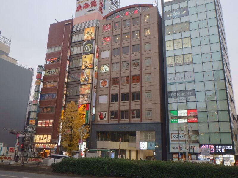 新宿駅 徒歩3分 歌舞伎町ドン・キホーテ至近 上層階でも視認性良好 スケルトン 【バッティング不可・飲食なんでも可】 画像3