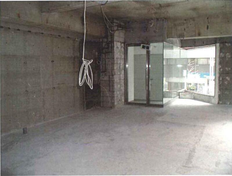 メトロ・都営新宿線 新宿三丁目駅 C4出口隣。新宿通り角地に建つ視認性一等地のビル 【飲食不可】 画像3
